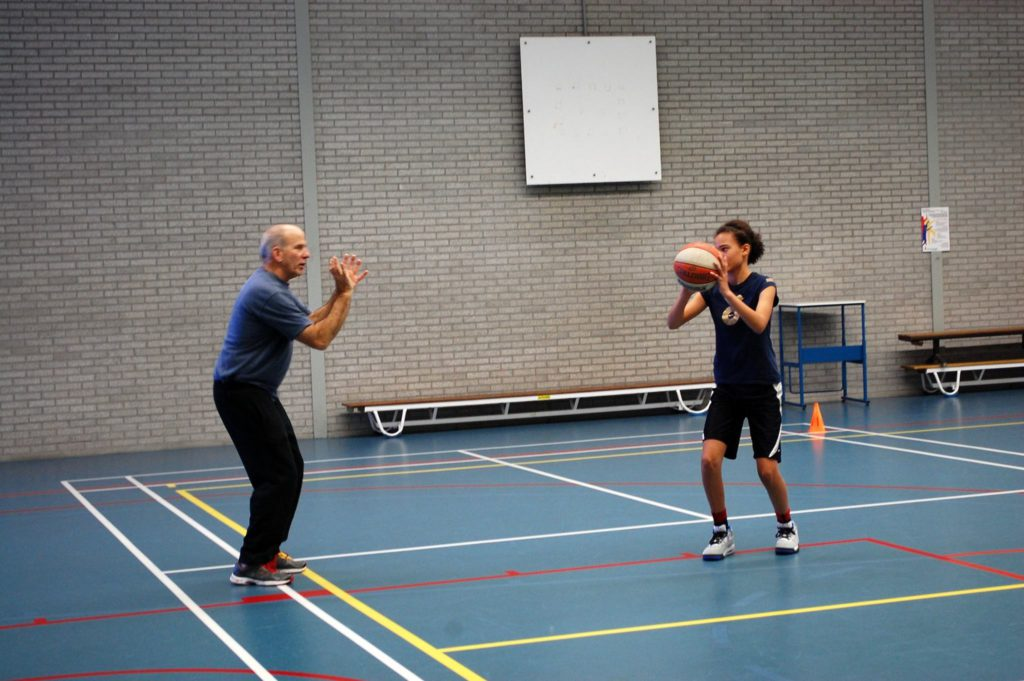 Basketball Clinic The Hague - sports camp - basketball camp - www.baskeballclinicthehague.nl